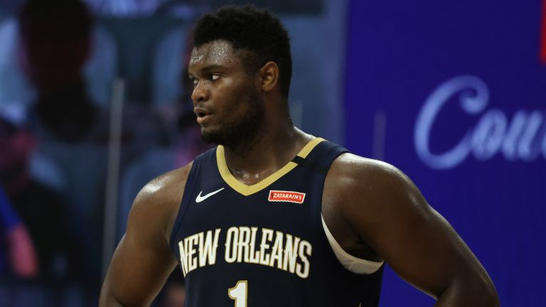 Zion Williamson cuts a frustrated figure during the New Orleans Pelicans' loss to the LA Clippers