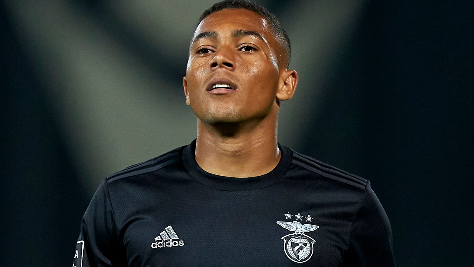 Carlos Vinicius Tottenham In Talks With Benfica Over Loan