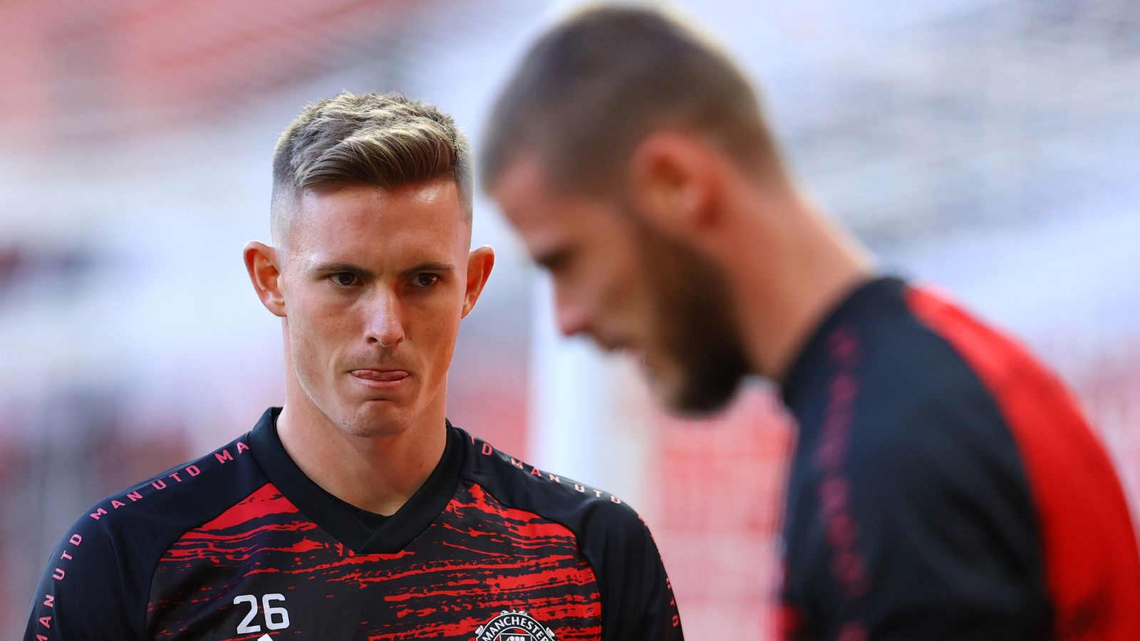 Dean Henderson wants to stay at Man Utd, says Ole Gunnar Solskjaer - Sky Sports