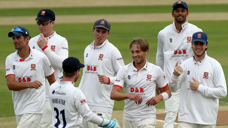 Essex's Aaron Beard ripped through Middlesex