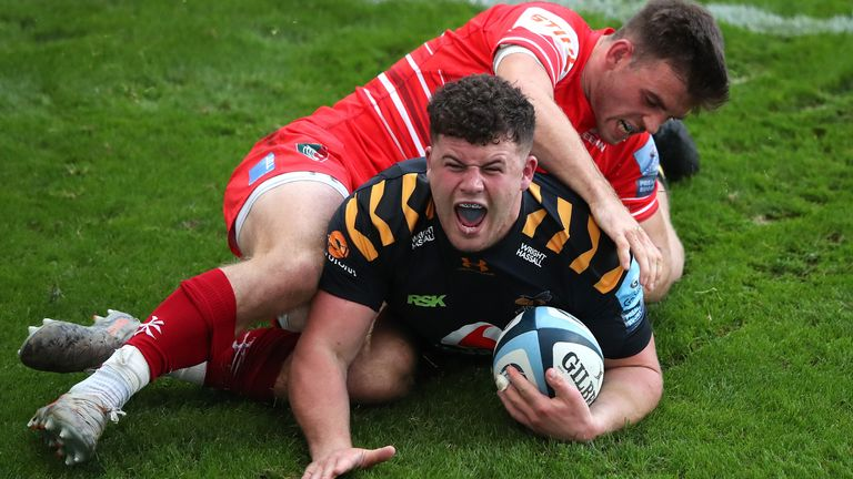 Alfie Barbeary celebrates scoring for Wasps