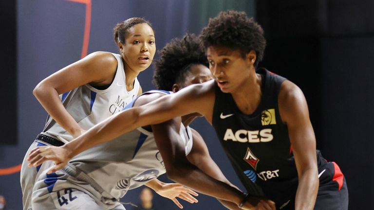 Angel McCoughtry drives to the basket against the Minnesota Lynx