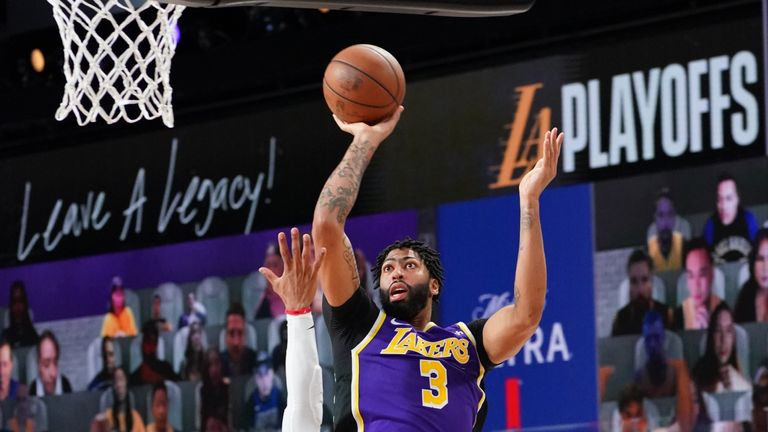 Anthony Davis led the Lakers with 25 points but they were always playing catch-up