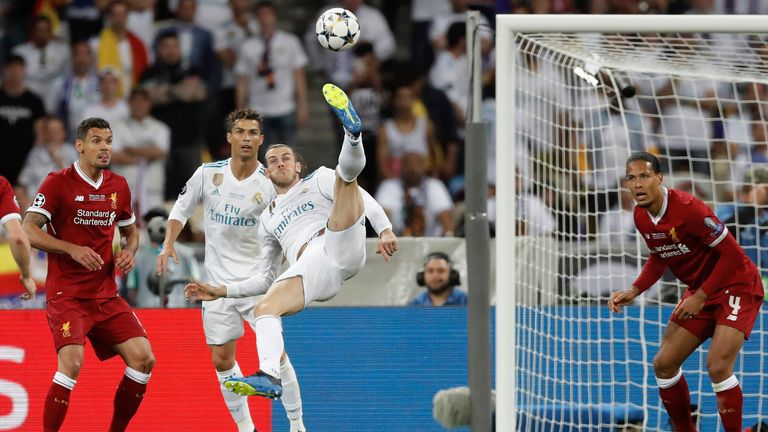 Gareth Bale scores the 2nd goal for Real Madrid with a stunning overhead kick during the Real Madrid v Liverpool Champions League final 2018 at the Olympic Stadium, Kiev on May 26th 2018 in Ukraine (Photo by Tom Jenkins)