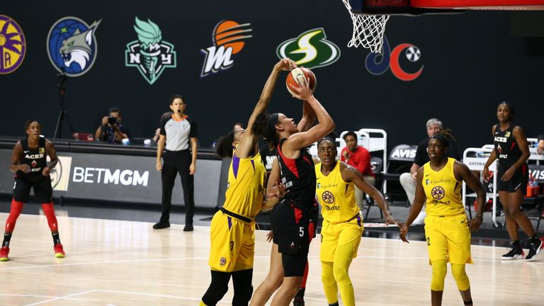Highlights of the WNBA regular season game between the Las Vegas Aces and the Seattle Storm from Florida.