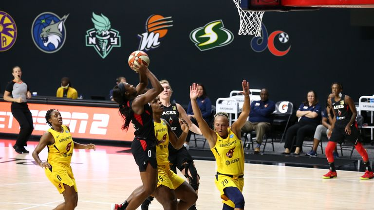 Highlights of the WNBA regular season game between the Indiana Fever and the Las Vegas Aces from Florida.