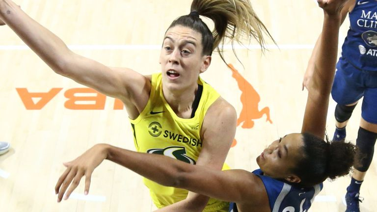 Breanna Stewart attacks the basket in Seattle's series-sealing Game 3 win over the Minneosta Lynx