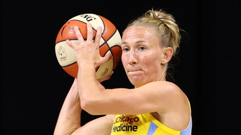 Courtney Vandersloot sets for a pass during her record-breaking performance against the Indiana Fever