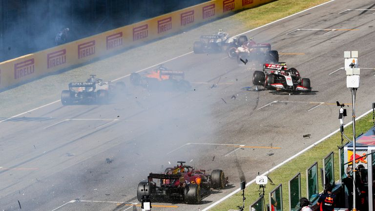 Sky F1's Anthony Davidson was at the SkyPad to analyse the race restart which saw Max Verstappen retire and that huge crash on the start-finish straight