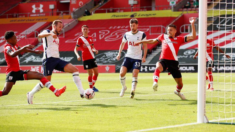 Harry Kane scores Tottenham's fifth goal from close range