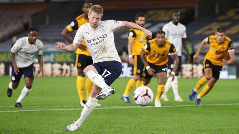 Kevin De Bruyne scores from the penalty spot