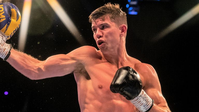 Campbell can line up a third world title fight with victory over Garcia