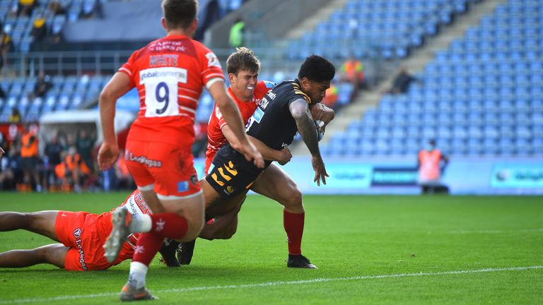 Malakai Fekitoa scores for Wasps