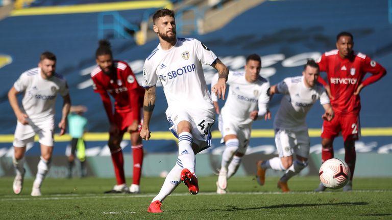 Mateusz Klich makes it 2-1 to Leeds