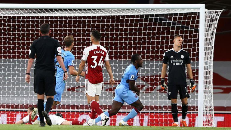 Michail Antonio equalises for West Ham