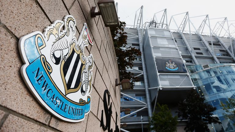 during the Barclays Premier League match between Newcastle United and Arsenal at St James' Park on August 29, 2015 in Newcastle upon Tyne, England.