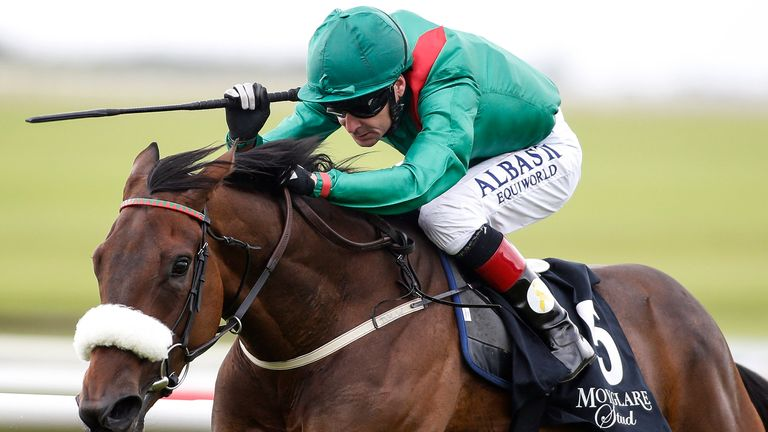 Pat Smullen riding Shamreen to win the Blandford Stakes
