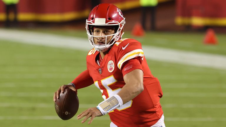 Patrick Mahomes threw three touchdowns as Chiefs opened the 2020 season with victory over the Texans