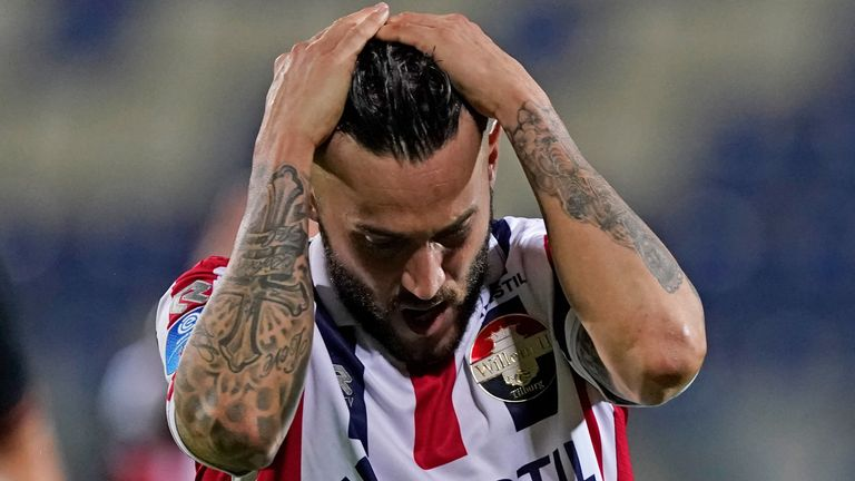Pol Llonch reacts after missing for Willem II