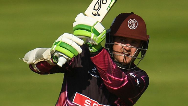 Steve Davies struck 45 as Somerset cruised to victory