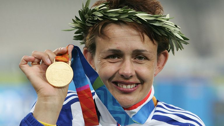 Grey-Thompson picked up gold at the 2004 Athens Paralympics