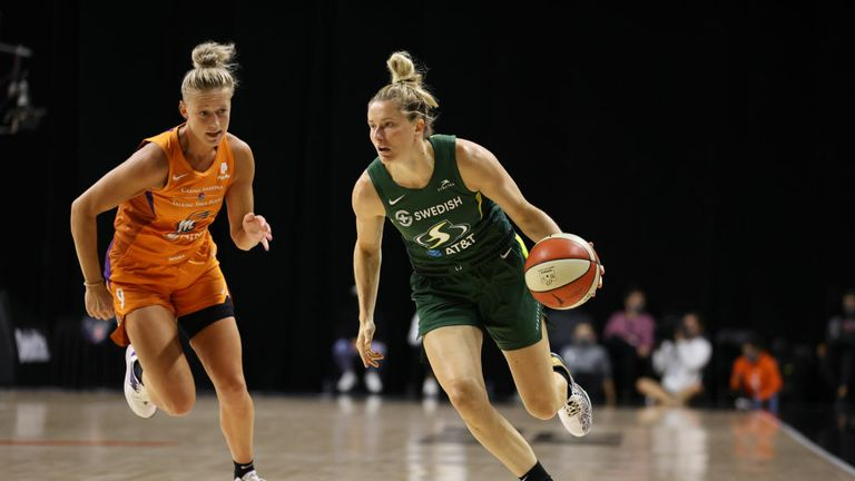 Sami Whitcomb #33 of the Seattle Storm handles the ball against the Phoenix Mercury on September 11, 2020 at Feld Entertainment Center in Palmetto, Florida.
