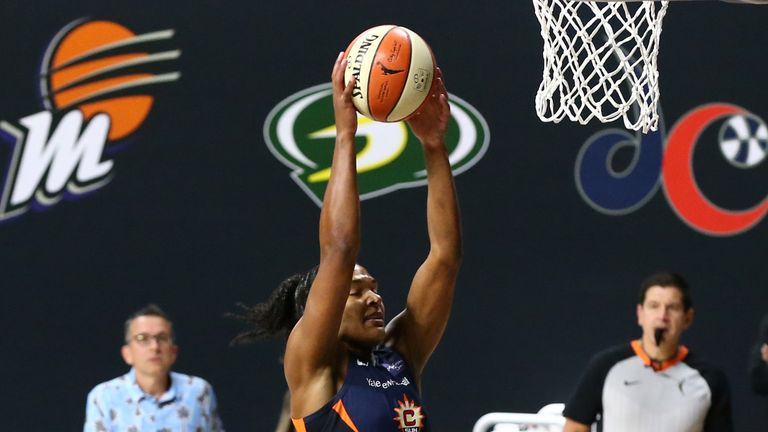 Alyssa Thomas #25 of the Connecticut Sun handles the ball against the Los Angeles Sparks during the WNBA playoffs on September 17, 2020 at Feld Entertainment Center in Palmetto, Florida.