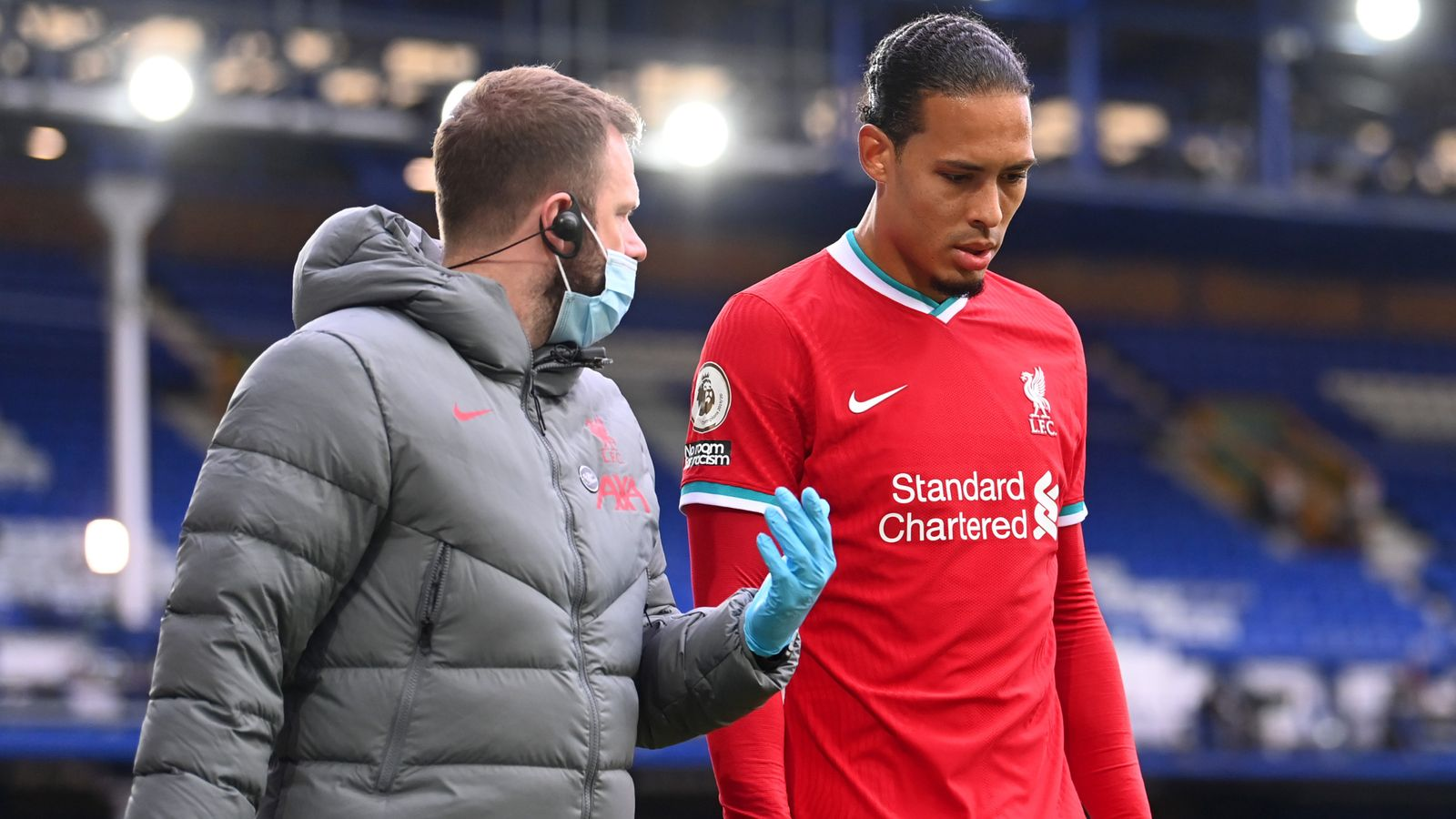 Virgil van Dijk: Liverpool defender undergoes 'successful' knee surgery in London