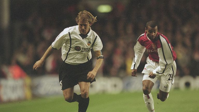 Mendieta takes on Arsenal and Ashley Cole in 2001