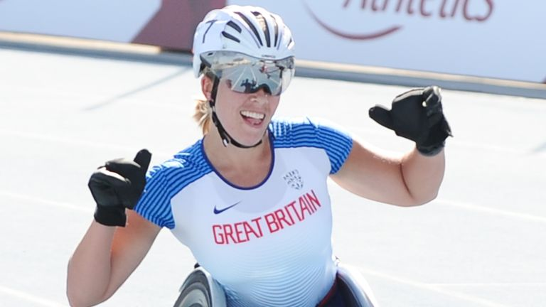 Five-time Paralympic champion Hannah Cockroft will compete in the Commonwealth Games for the first time
