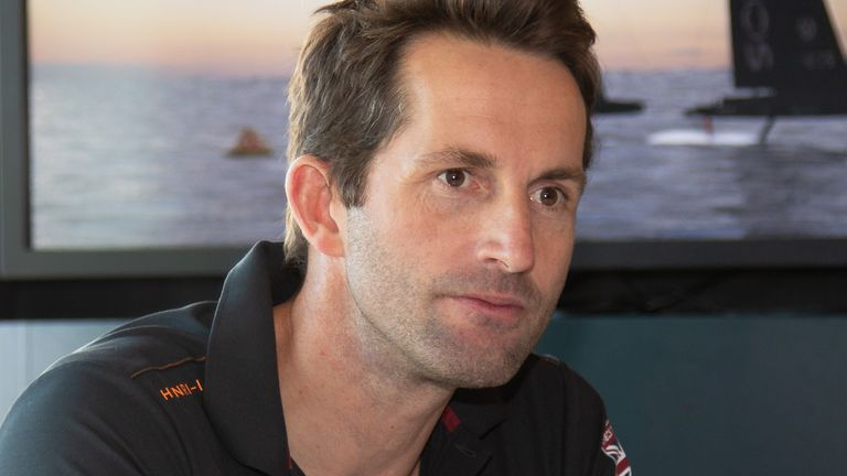 Sir Ben Ainslie dirige INEOS TEAM UK en tant que chef d'équipe et skipper (Crédit photo: Paul Laurie - Point Photography)