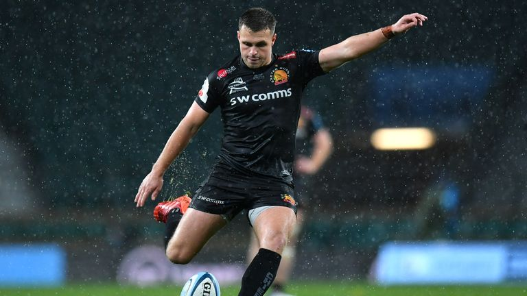 Simmonds edged Exeter into slender leads at critical times through the match