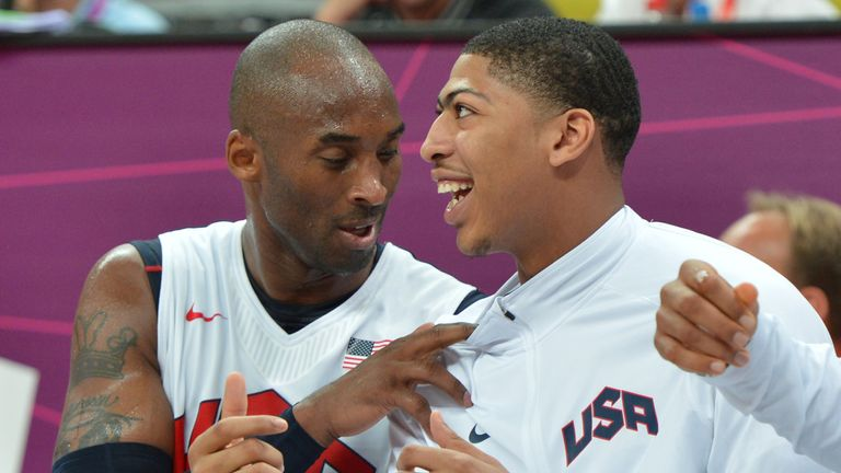 Kobe Bryant and Anthony Davis chat on the Team USA bench during the 2012 Olympics in London