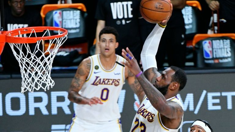 Lebron James dunks for Lakers in game 6 of nba finals