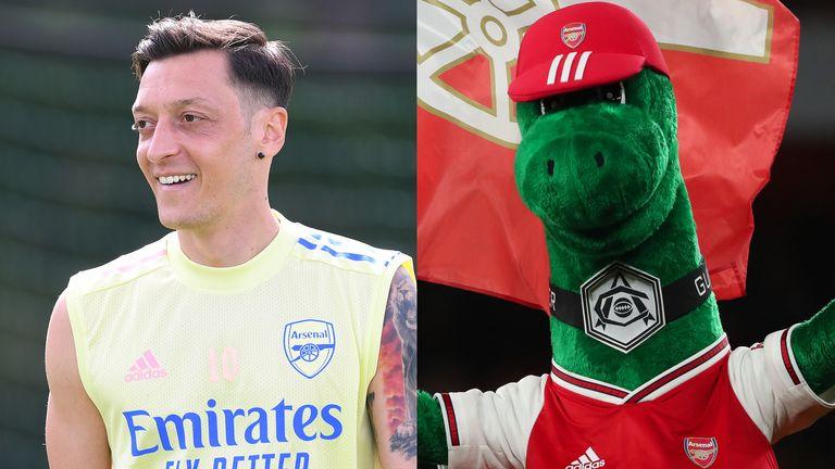 Arsenal's Mesut Ozil has offered to reimburse the club for the full salary of mascot Gunnersaurus