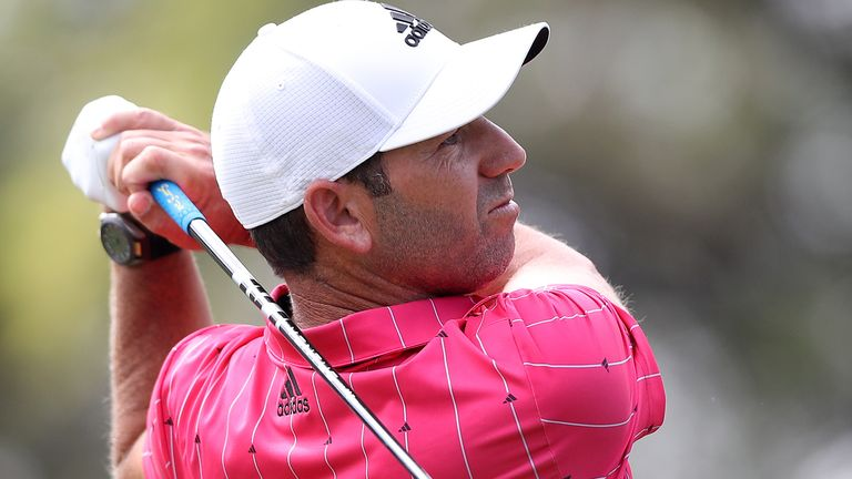 Sergio Garcia carded a bogey-free seven-under 64 in the second round in Las Vegas