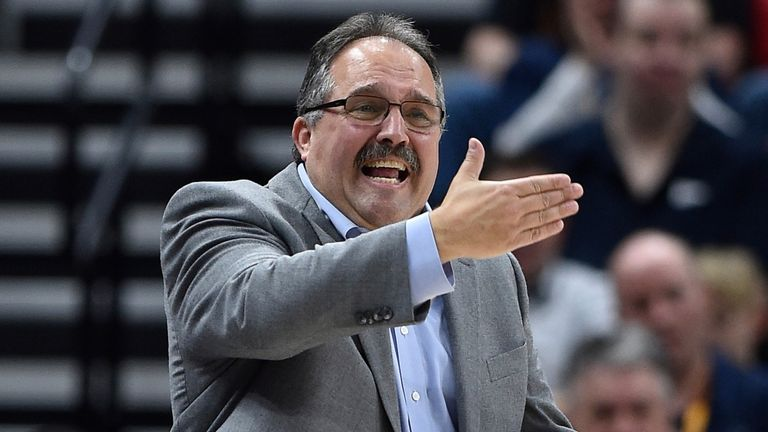 Stan Van Gundy issues instructions from the sidelines during his tenure as Detroit Pistons coach