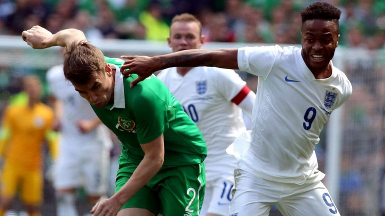 Republic of Ireland's defender Seamus Coleman (L) vies with England's midfielder Raheem Sterling during the international friendly football match between Republic of Ireland and England at Aviva Stadium in Dublin on June 7, 2015. The game finished 0-0. AFP PHOTO / PAUL FAITH (Photo credit should read PAUL FAITH/AFP via Getty Images)