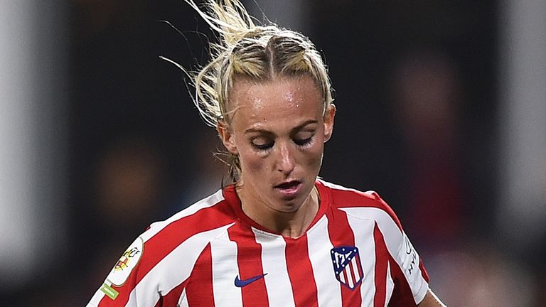 Toni Duggan in action with Atletico Madrid