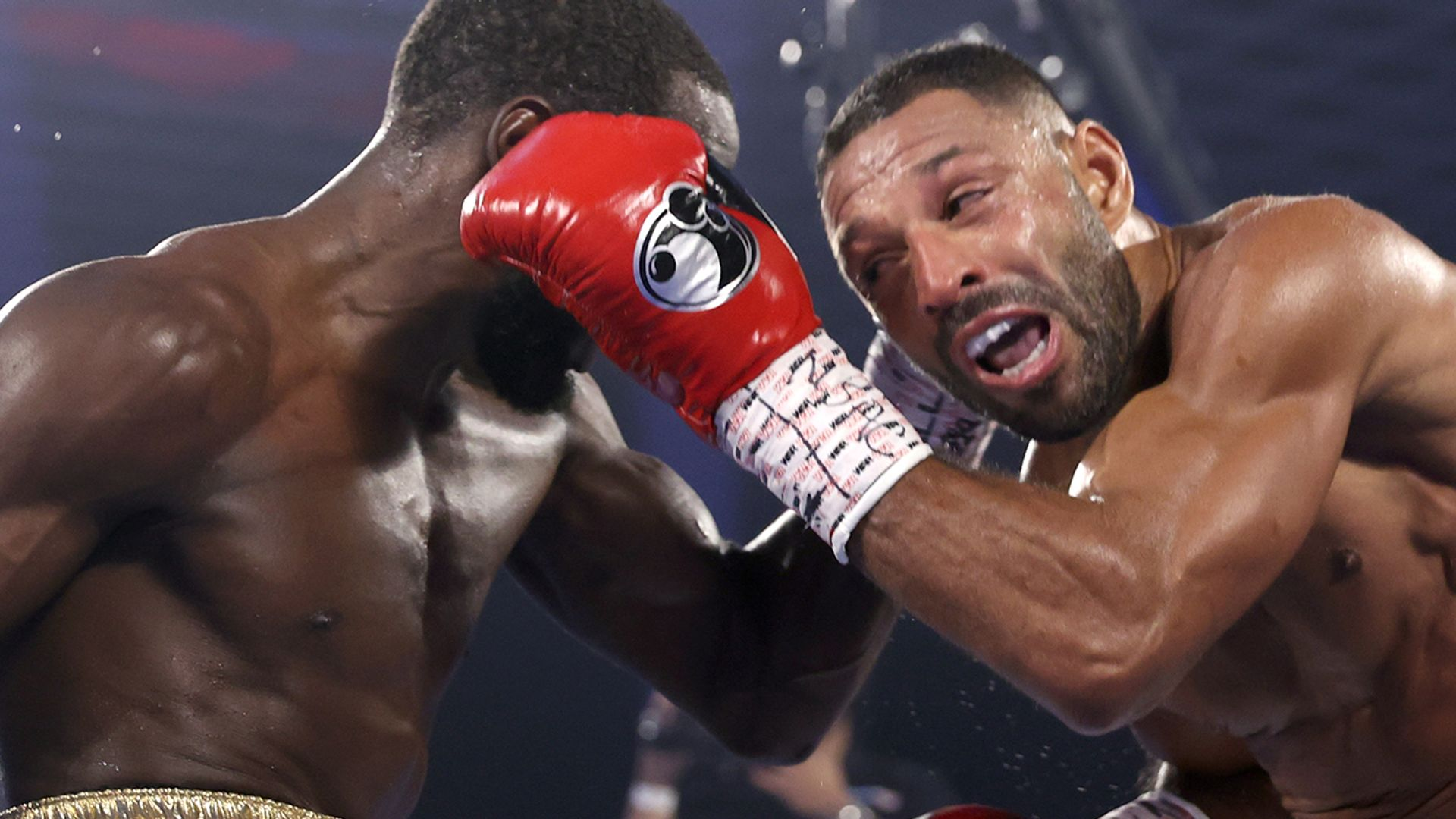 Brook stopped by ferocious Crawford