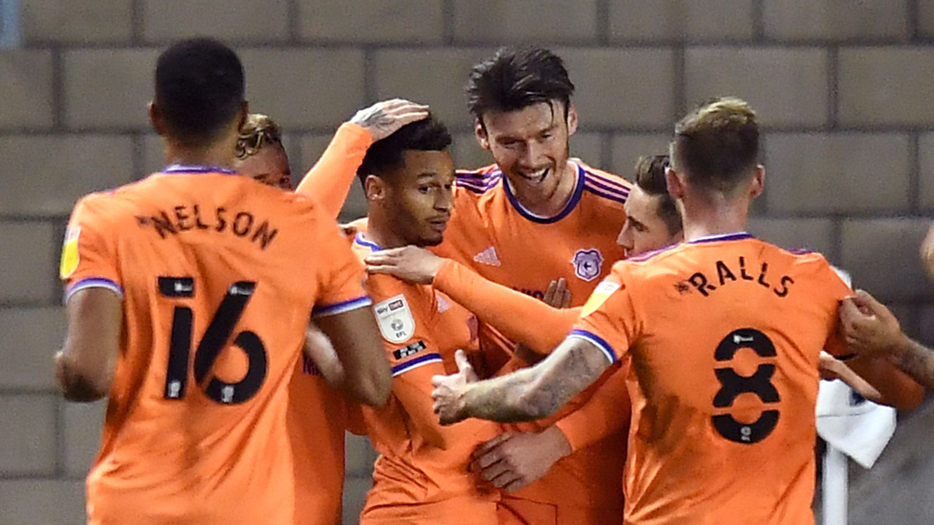 Moore equaliser denies Millwall