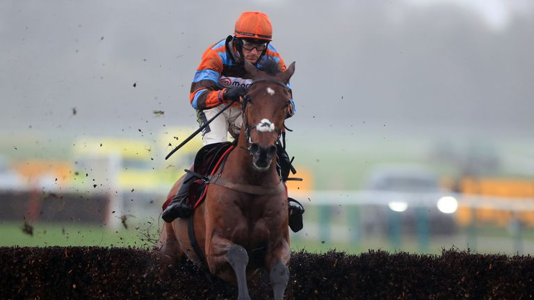 Master Tommytucker ridden by Sam Twiston-Davies wins at Haydock
