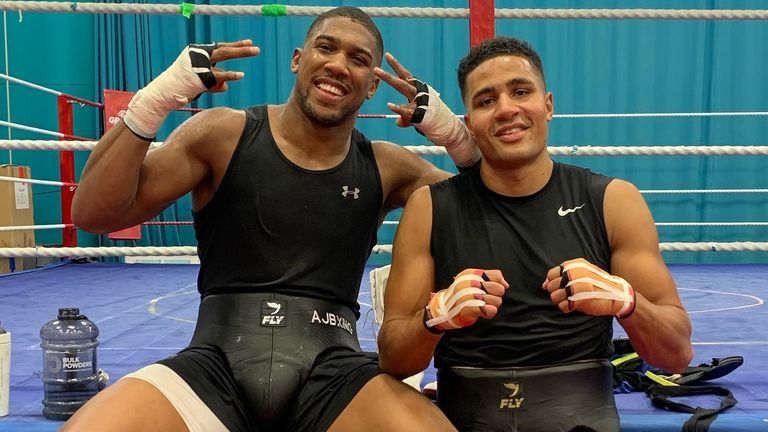 Anthony Joshua and Delicious Orie via @England_Boxing