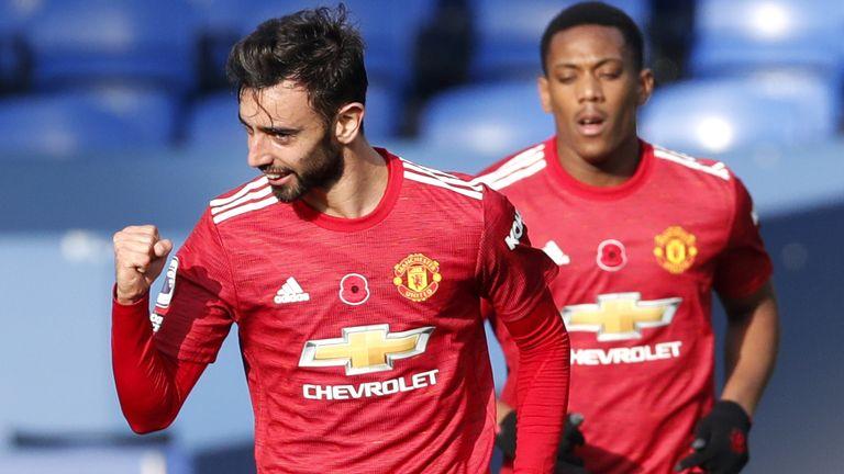 Bruno Fernandes celebrates after equalising for Manchester United at Everton