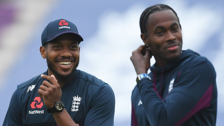Chris Jordan (L) and Jofra Archer are team-mates in England's limited-overs side