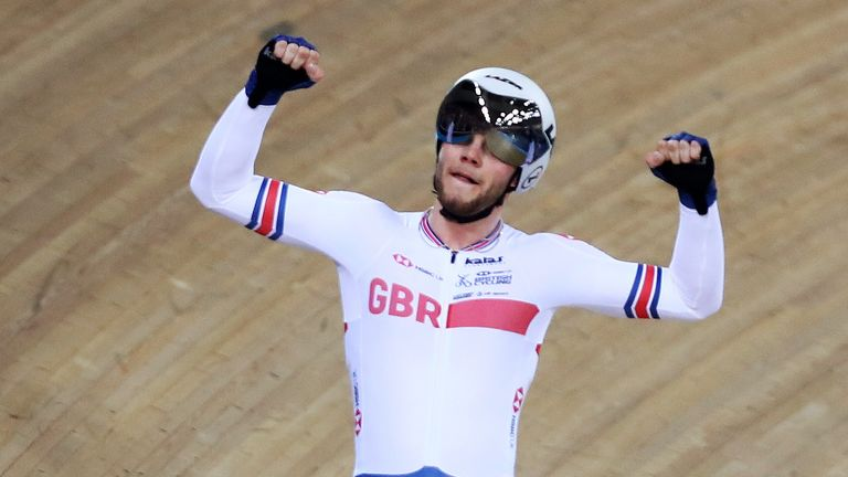 Matt Walls won Great Britain's first gold medal of the European Track Cycling Championships in the men's elimination race