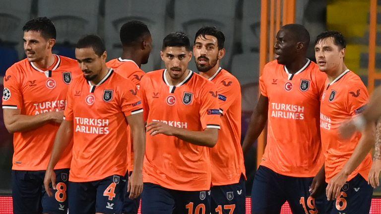 istanbul buyuks 2 1 man utd match report highlights istanbul buyuks 2 1 man utd match