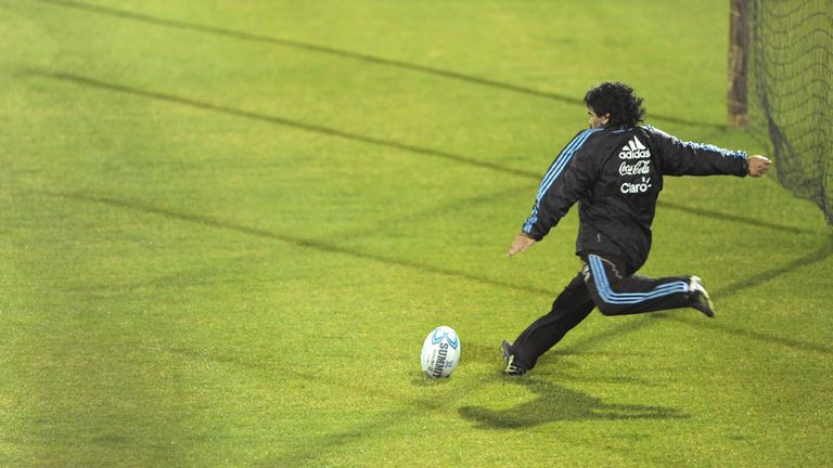Maradona shows off his kicking skills during a Pumas training session