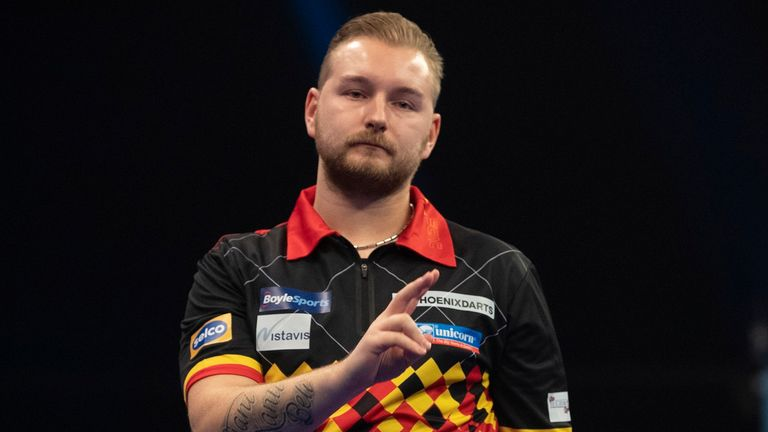 Does Van den Bergh need to find consistency on the Pro Tour?