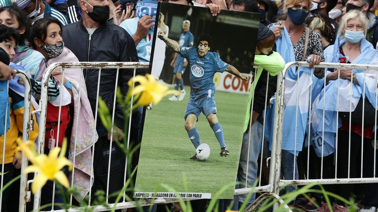Diego Maradona: Argentina pays respects amid three days of national mourning | Football News